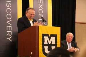 Chancellor Bowen Loftin and Mr. Kinder at the Oct. 8 gift announcement